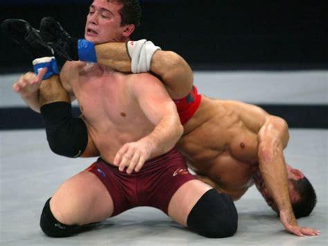 Shirtless boys wrestling-imolclunel