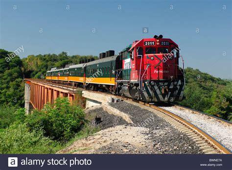 Resultado de imagen de logo de tren chihuahua al pacifico chepe