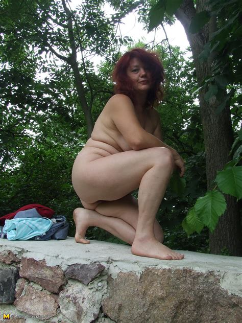 Outdoor mature xxx-outtodali