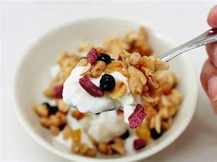 朝食 ダイエット ヨーグルト 飲み物だけ 美容 毎朝 ヨーグルト 朝食抜き 夕食抜き コンビニ ファミマ セブン セブンイレブン