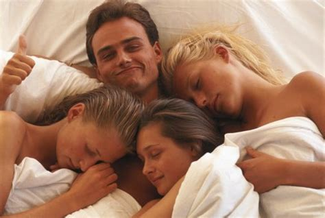 How to get my gf to have a threesome-oursinteesi