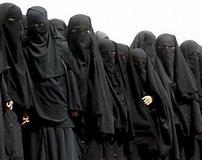 Risultato immagine per free Photo woman Islamic State. Dimensioni: 202 x 160. Fonte: www.breitbart.com