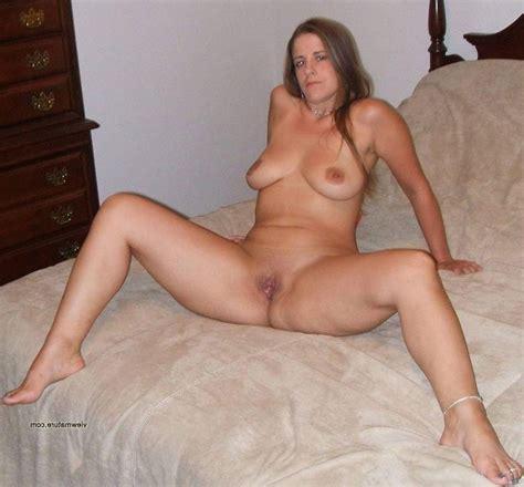 Real amateur naked women-fourpvilanew