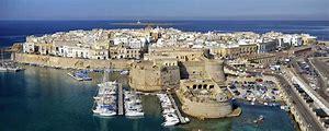 Risultato immagine per il centro storico di gallipoli