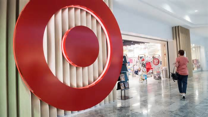 Target Plans More Apple Shop-in-Shop Popups for Holiday Season