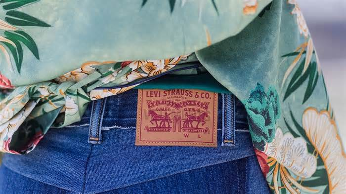 Amazons Early Black Friday Sale: Save Up To 60% Off Levis Jeans