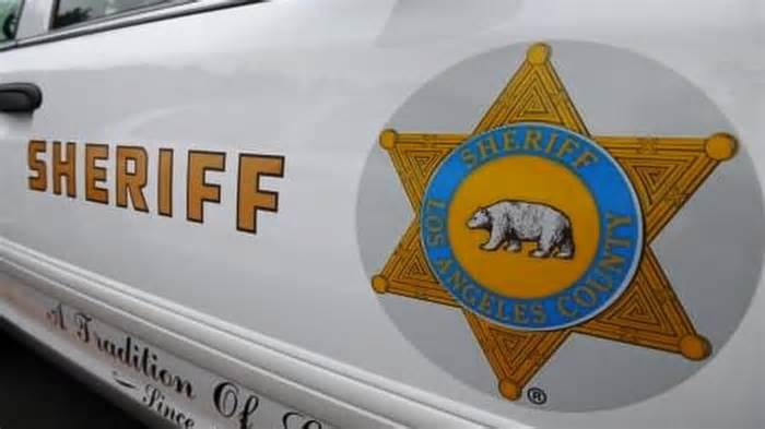 Westmont shooting leaves 1 dead, 1 injured: Sheriff's Department