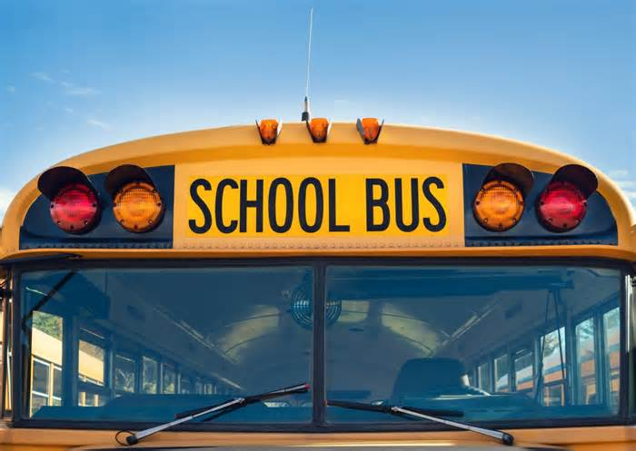 Pasco School leaders to discuss changing new school start times due to bus driver shortage