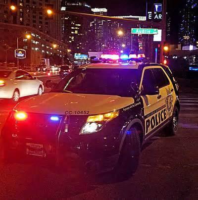 Metro looking for suspect in central Las Vegas homicide