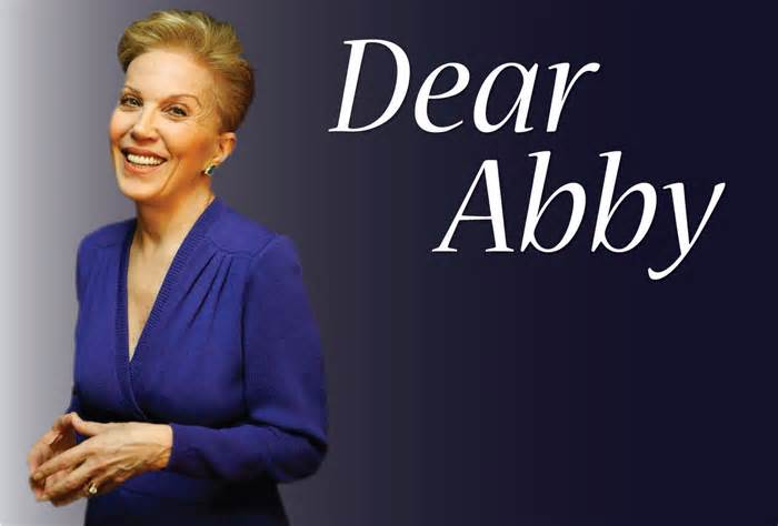 Dear Abby: Daughter of recovering addict can't let go of resentment