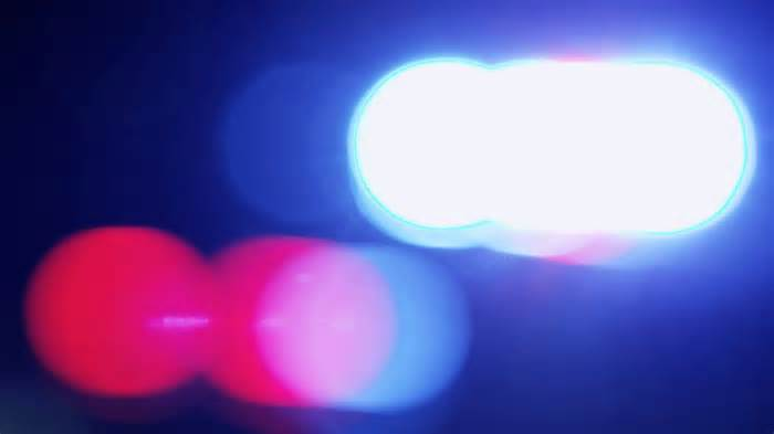 Off-duty DC police officer, suspect exchange gunfire during armed robbery near Georgetown: police