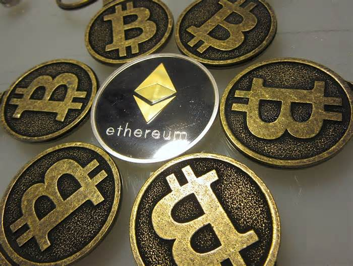 Ethereum eyes rally against Bitcoin, with ETH price showing hidden bullish divergence